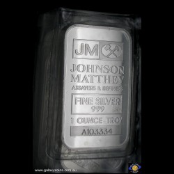 One ounce encased minted ingot. Johnson Matthey Assayers & Refiners logo with serial no. (*) (Please note that email offers are considered on all coins.)