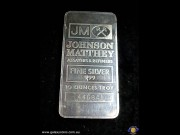 Ten ounces encased minted bar. Johnson Matthey Assayers & Refiners logo with serial no. (The photo is for illustration purposes only). (*) (Please note that email offers are considered on all coins.)