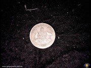 Threepence. Coat of Arms. George V. (Please note that email offers are considered on all coins.) (*)