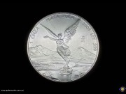 1 Onza. 999 Silver Bullion coin. Winged Victory. National arms, eagle left within centre of past & present arms. (*) (Please note that email offers are considered on all coins.)